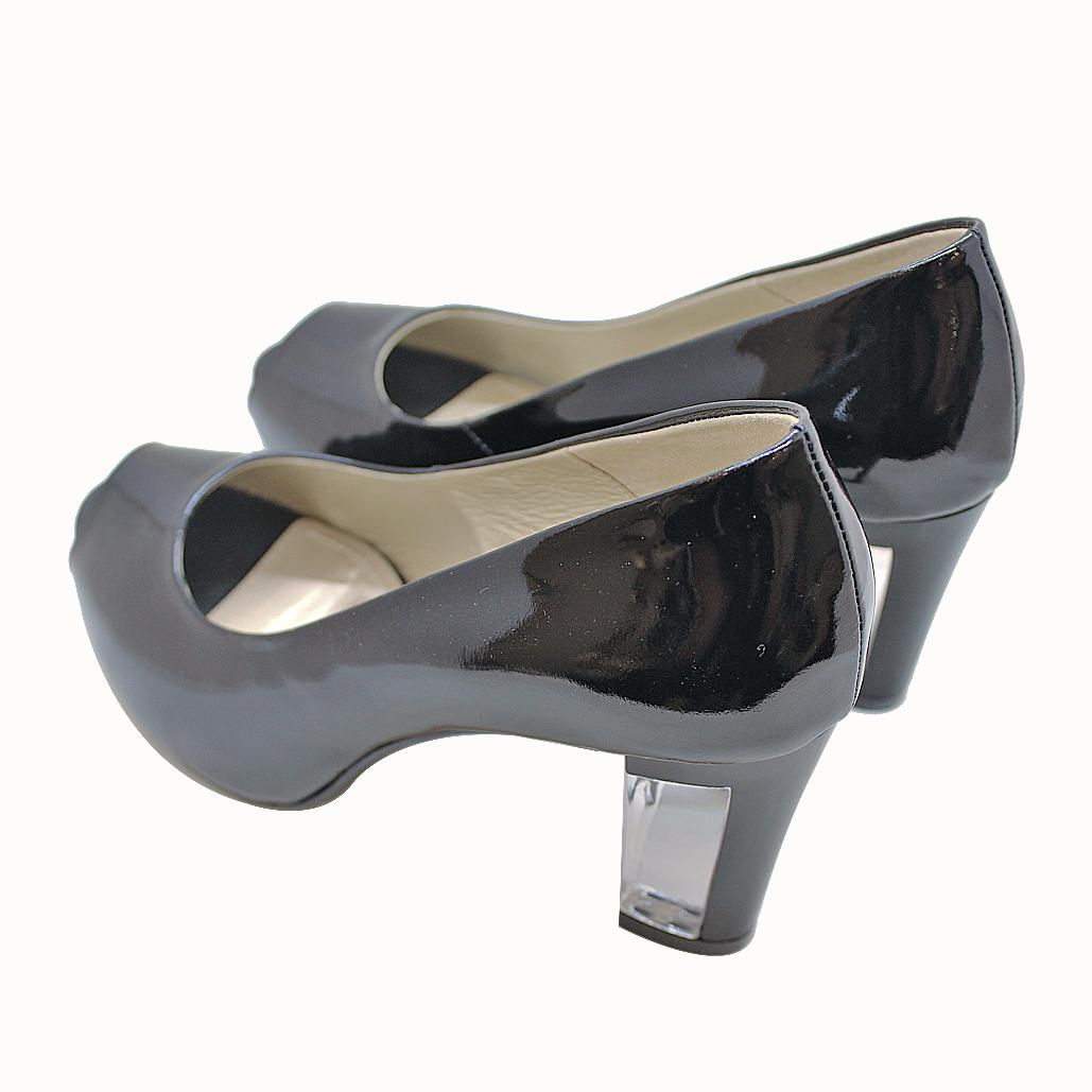 香奈兒風羊漆皮魚口透明粗跟鞋