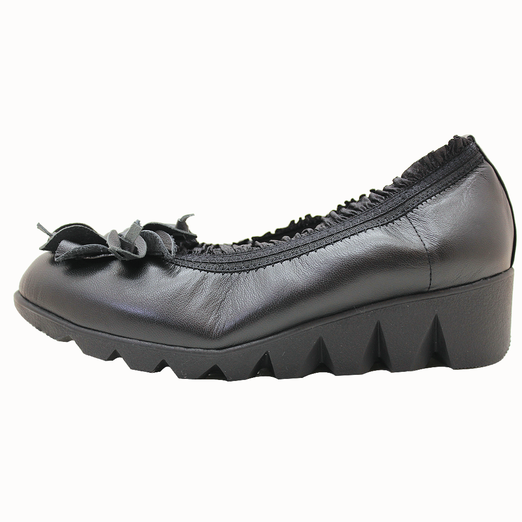 外銷日本小羊皮輕量化厚底氣墊鞋
