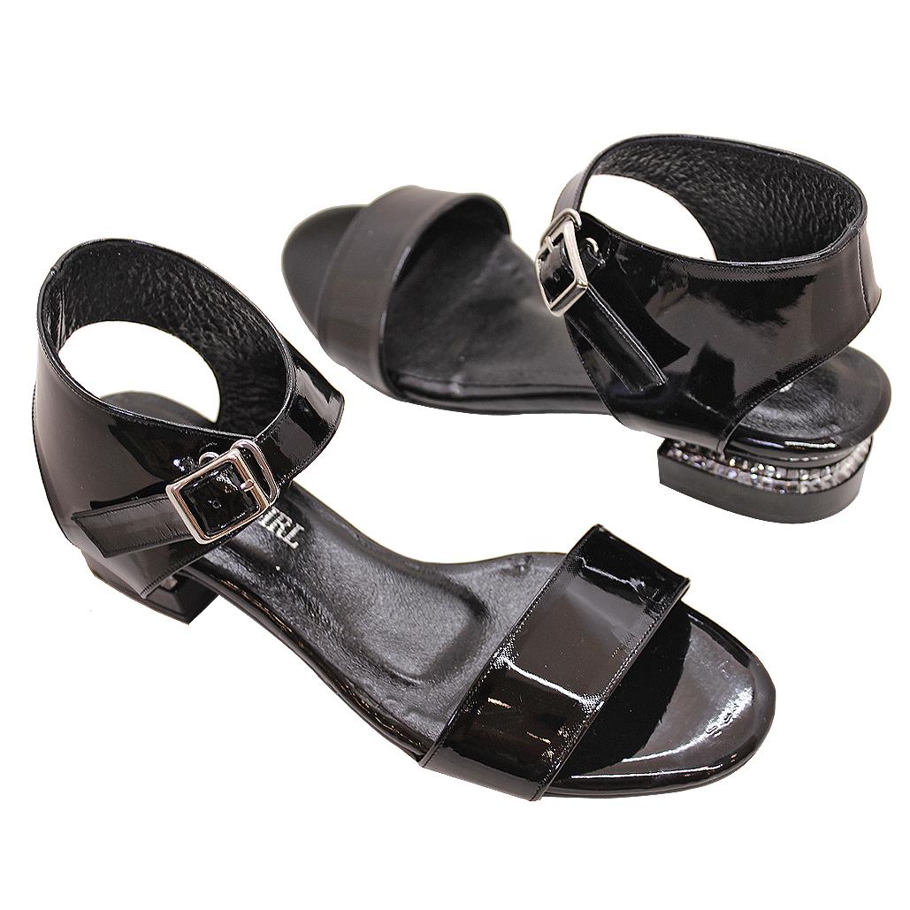 簡約設計師風羊漆皮氣墊低跟涼鞋