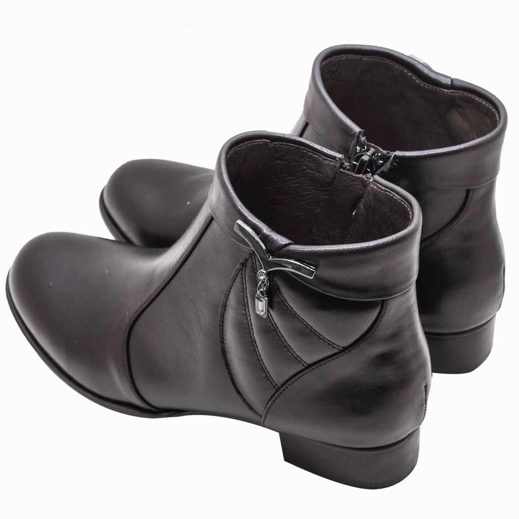 義大利頂級小牛皮美鑽釦飾平底短靴