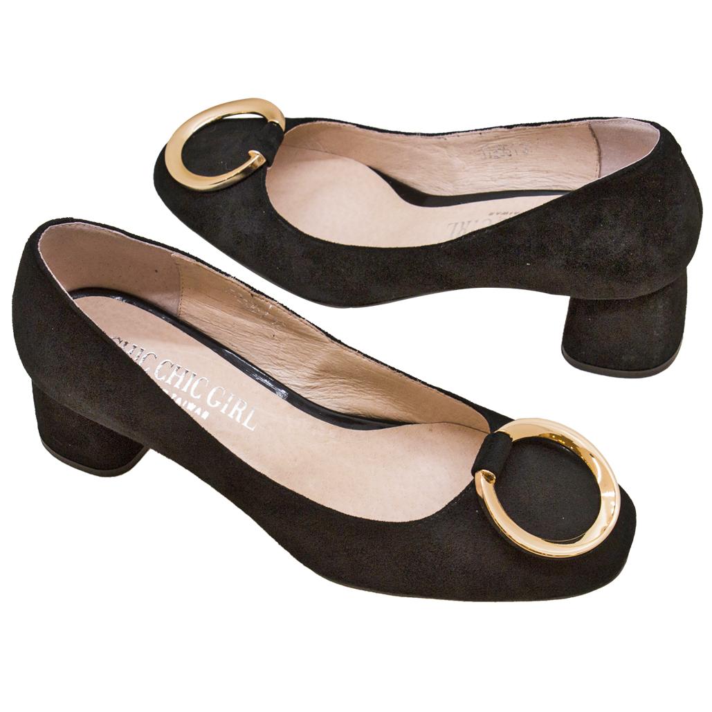 復古風金屬圓釦牛麂皮低粗跟鞋