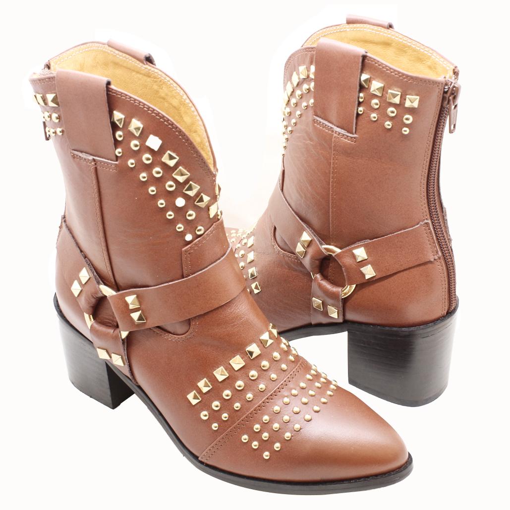 鉚釘小牛皮粗跟西部牛仔靴