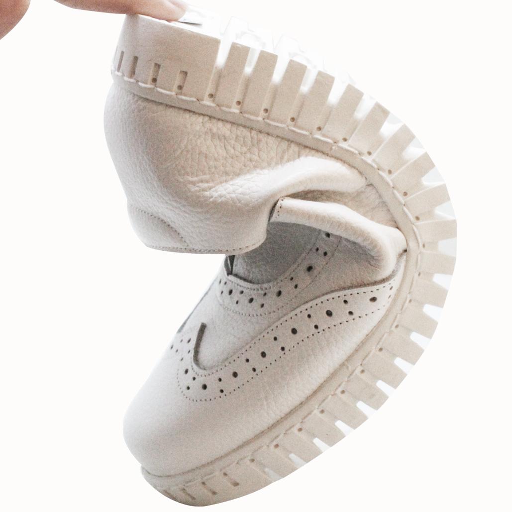 牛津風軟Q小牛皮氣墊休閒鞋