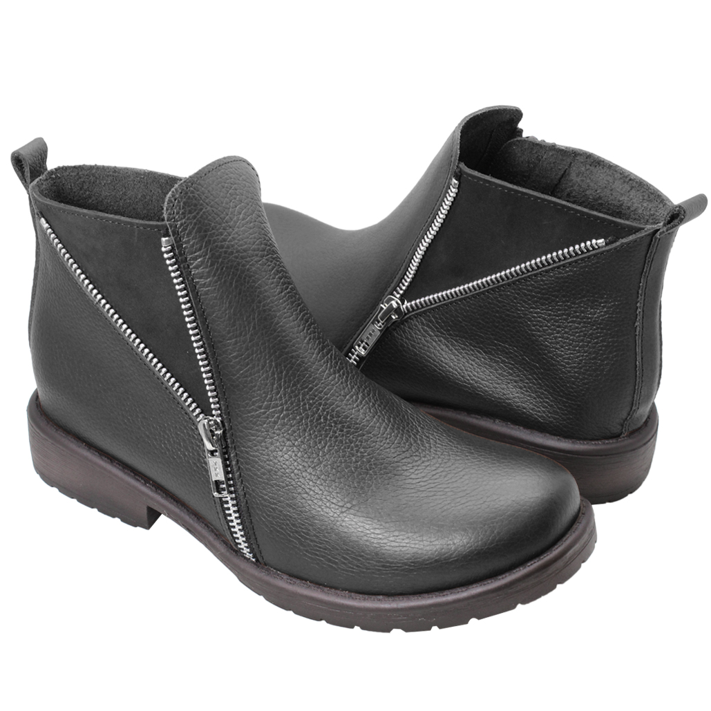 個性風小牛皮側翻V領短靴