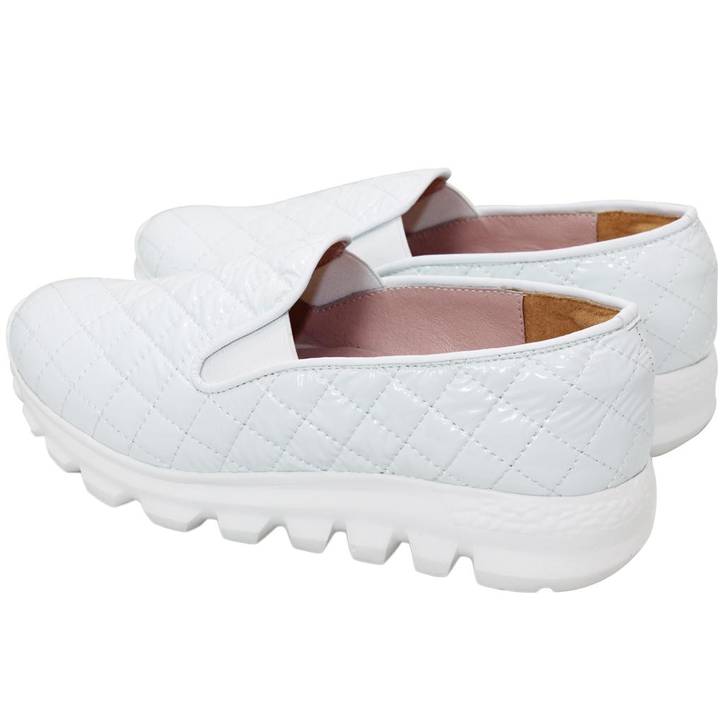 小香風軟羊漆皮輕量休閒鞋