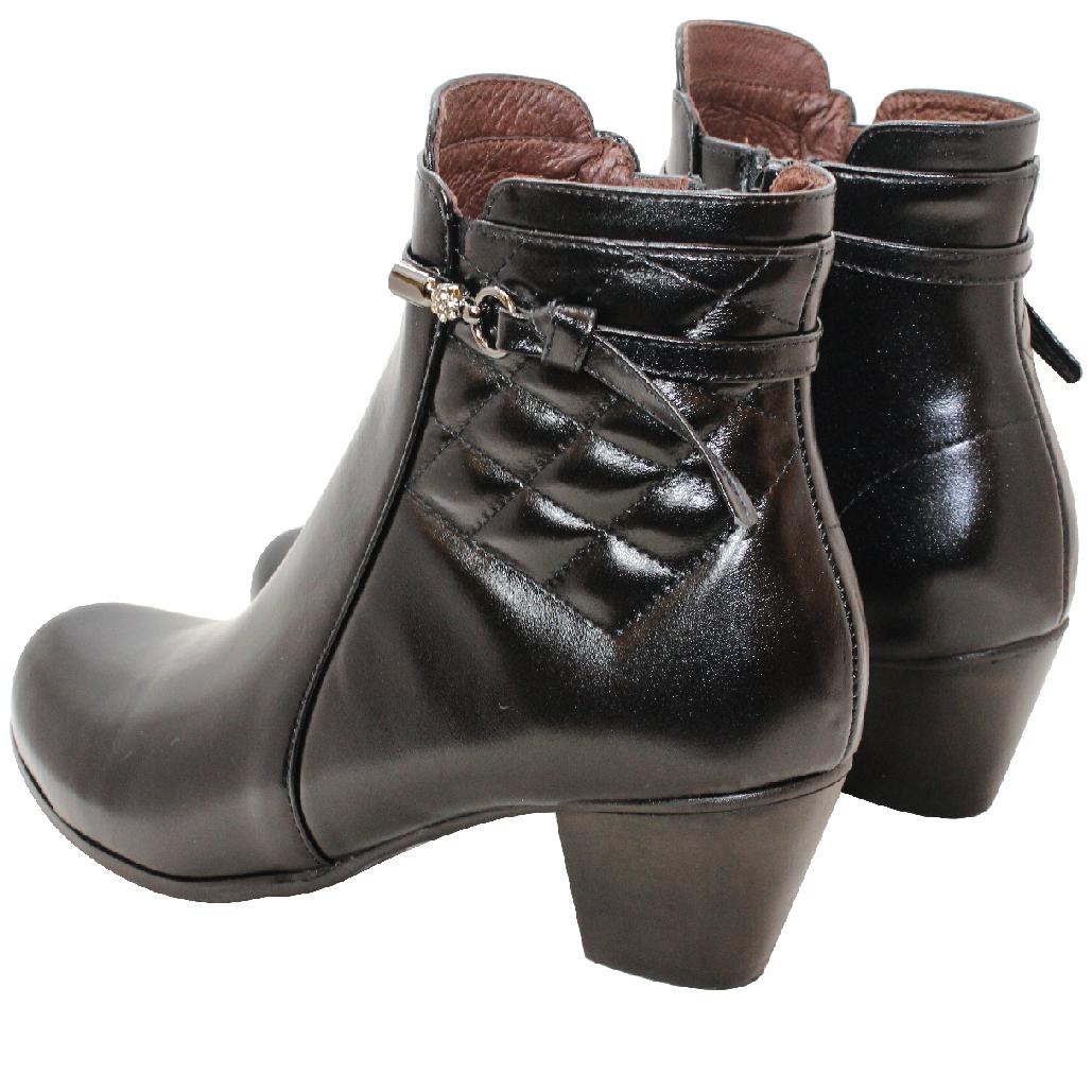 小香風小羊皮中跟短靴