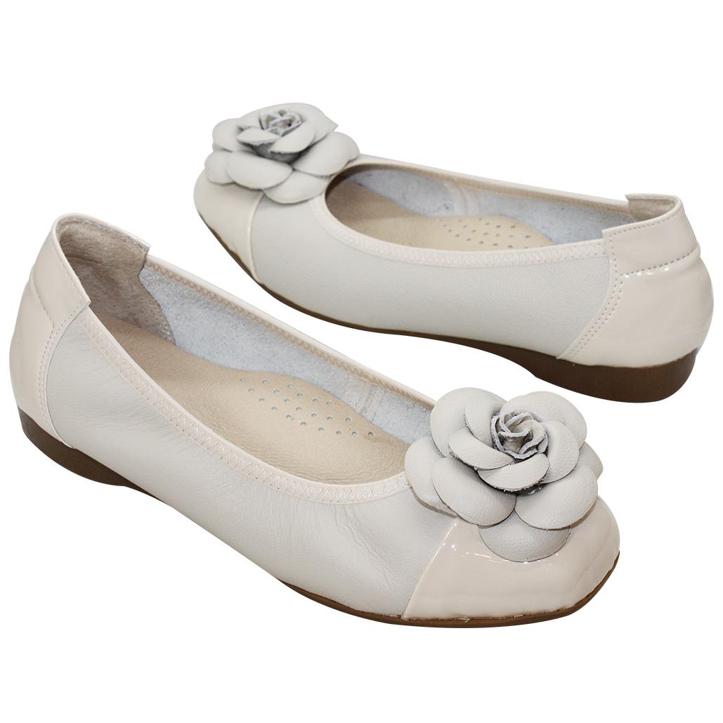 山茶花小牛皮氣墊娃娃鞋