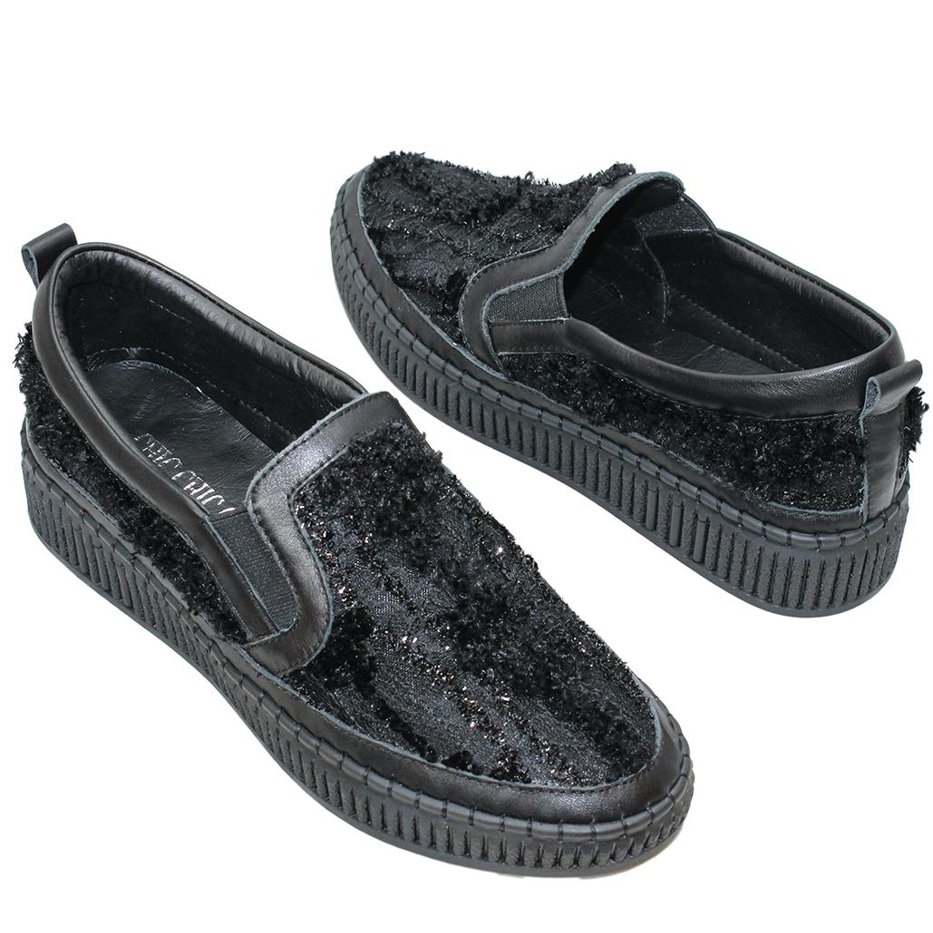 時尚毛毛風小牛皮輕量休閒鞋