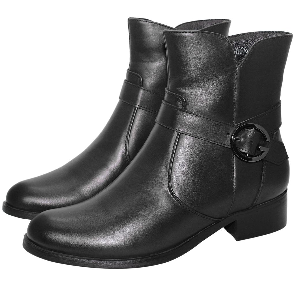 個性風小牛皮低跟短靴