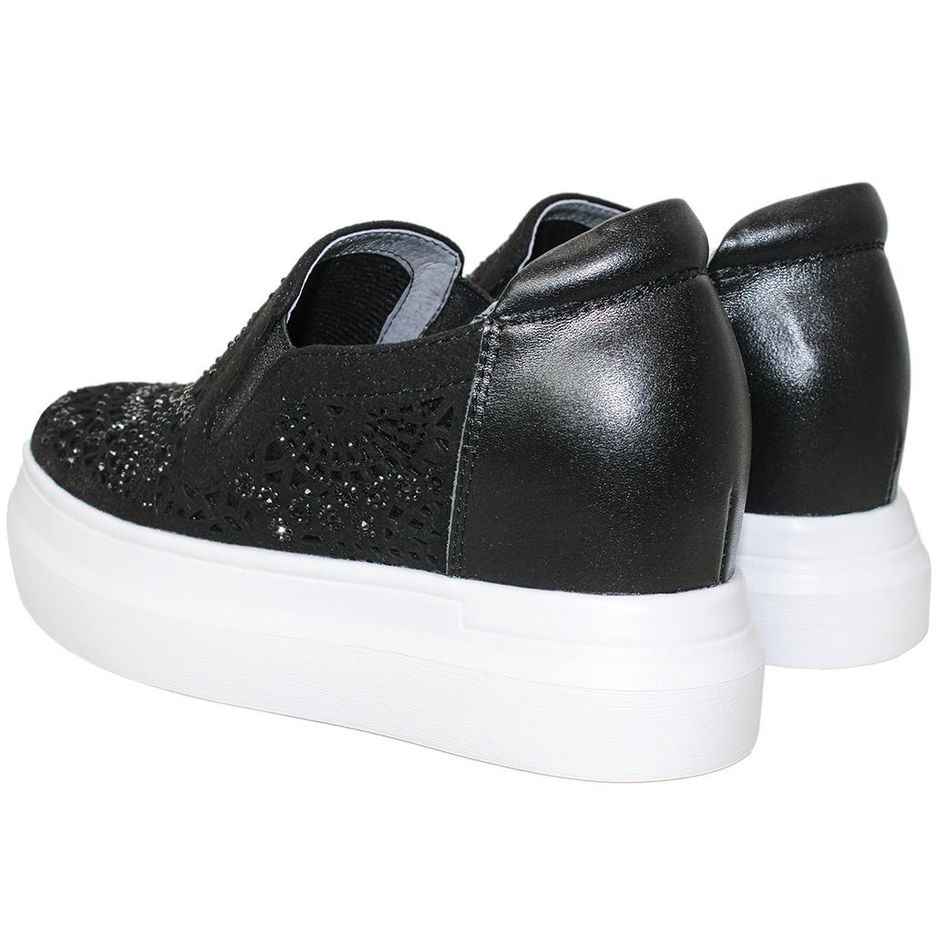 時髦雷雕羊麂皮內增高休閒鞋