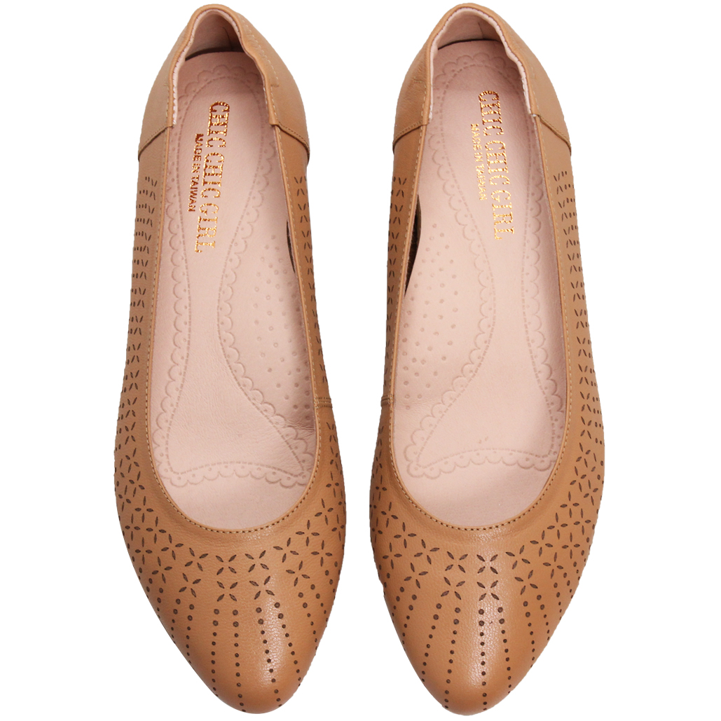 優雅雷雕小牛皮氣墊娃娃鞋