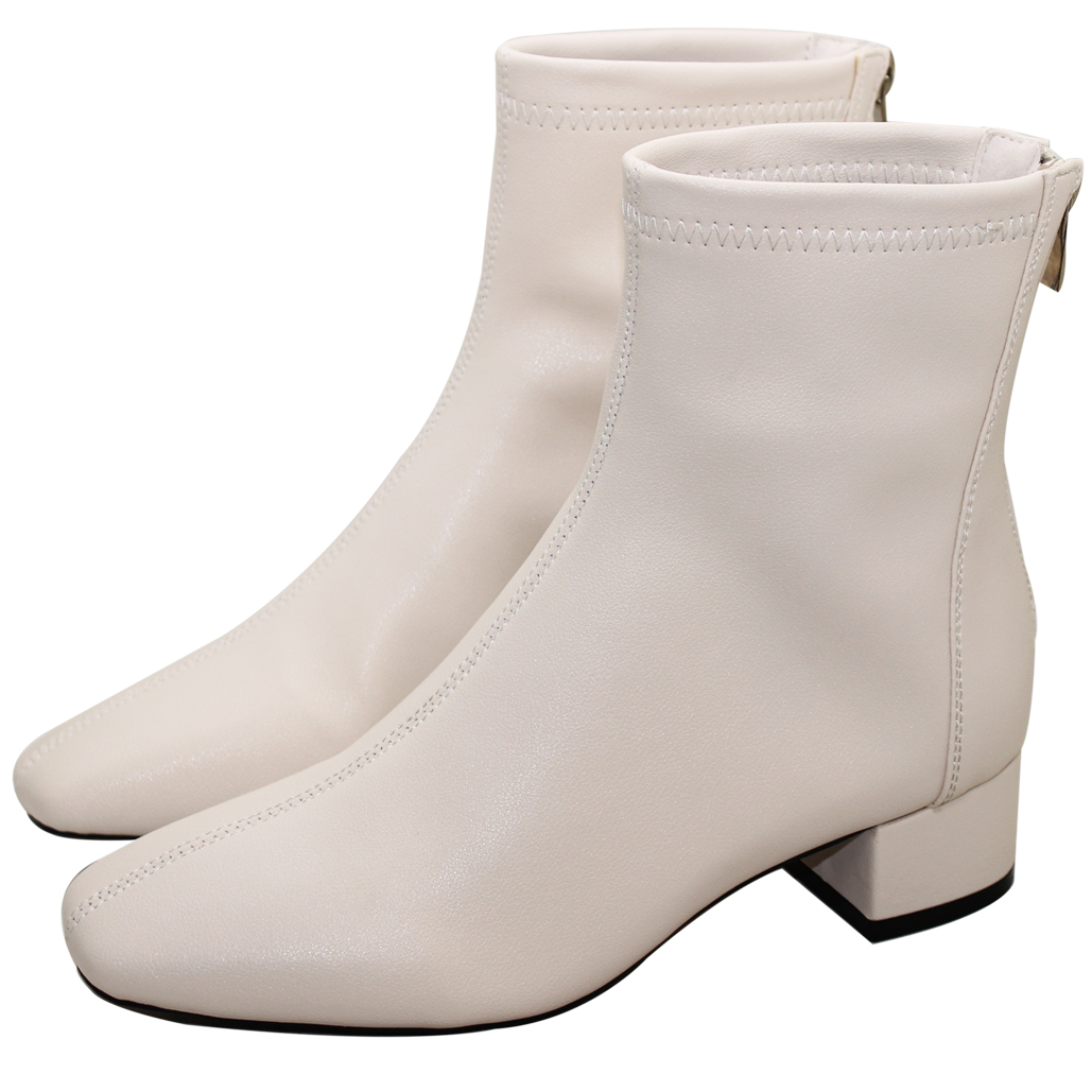 顯瘦素面小牛皮方頭低跟短靴