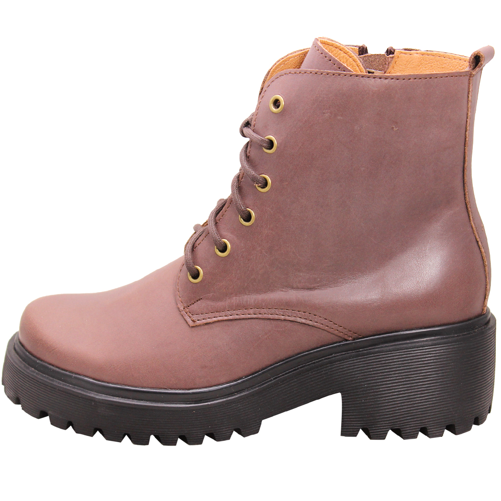 個性風小牛皮厚底綁帶短靴