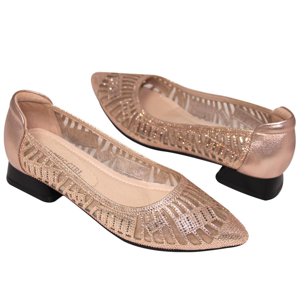 華麗小羊皮鏤空水鑽低跟晚宴鞋