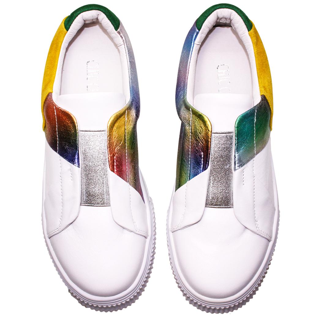 漸層極光拼接小羊皮Q彈休閒鞋