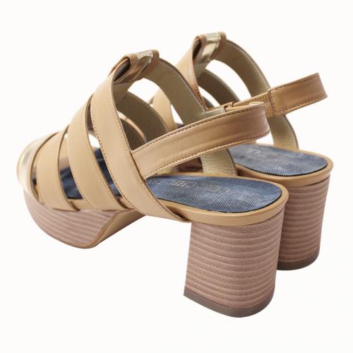 小羊皮水台粗方跟羅馬涼鞋