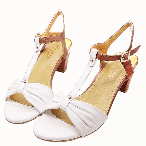 簡約時尚小羊皮低粗跟涼鞋