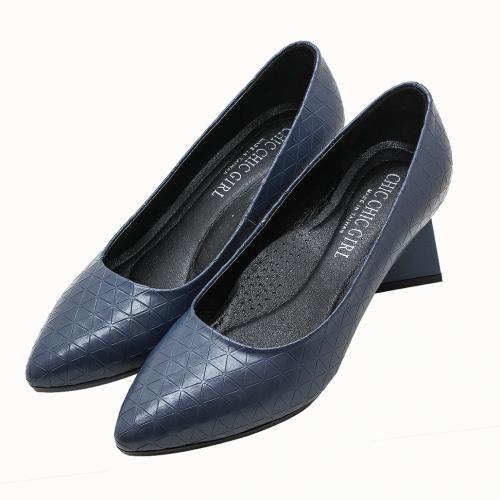 時尚特殊壓紋小牛皮低粗跟鞋
