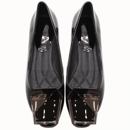 小牛皮鏡面方塊漆皮平底鞋