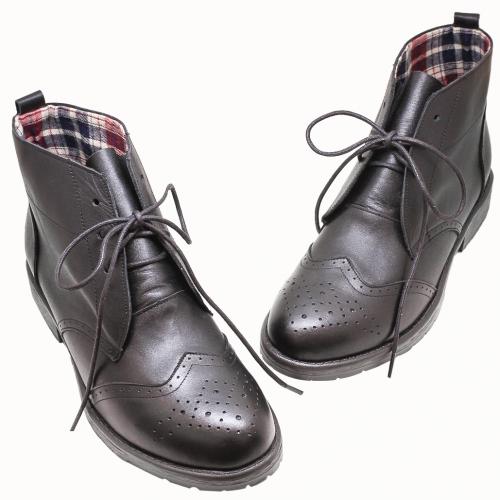 牛津風小牛皮雕花綁帶短靴