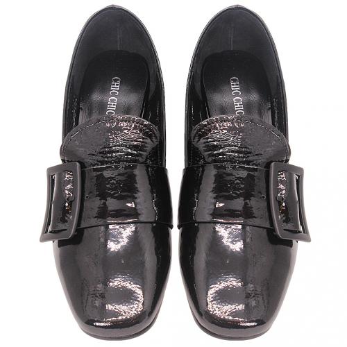 英倫風羊軟漆皮低粗跟樂福鞋