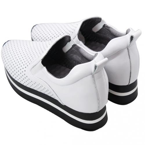 運動風小牛皮星星雷雕厚底輕高鞋