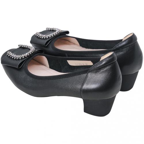 水鑽蝴蝶結小牛皮氣墊低跟鞋