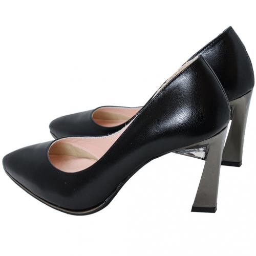 歐美風小羊皮水鑽金屬跟鞋