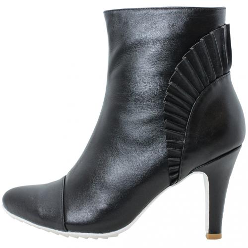 時尚山羊皮特殊抓皺三吋短靴