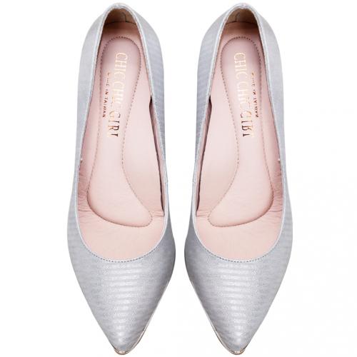 歐美風特殊壓紋小羊皮水鑽金屬跟鞋