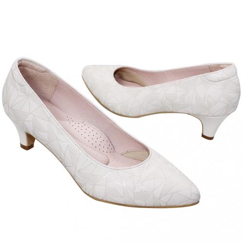 幾何風綿羊皮壓紋氣墊低跟鞋