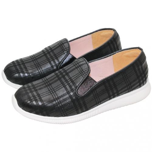 英倫格紋風小羊皮輕量休閒鞋