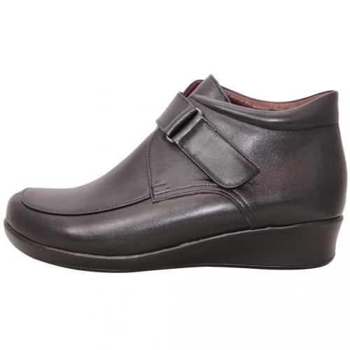 基本款小羊皮方頭寬楦輕量楔型短靴