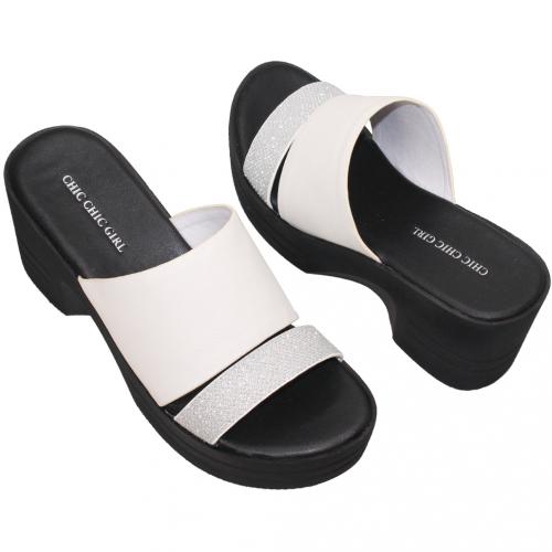 簡約風輕量厚底小牛皮涼鞋