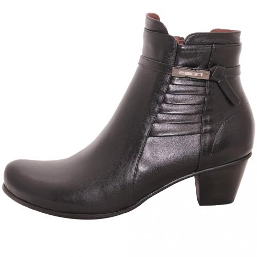 義大利頂級小羊皮輕量粗跟短靴