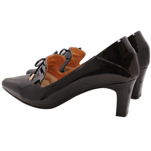 英倫馬甲風羊漆皮尖頭跟鞋