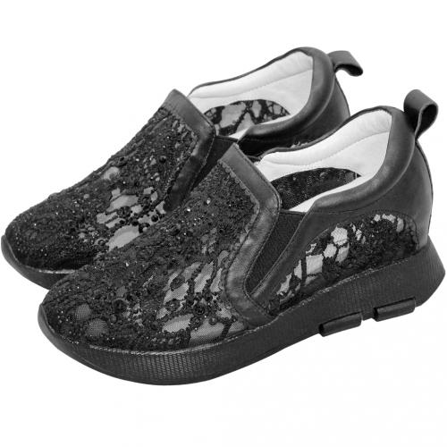 典雅鏤空蕾絲小牛皮增高鞋