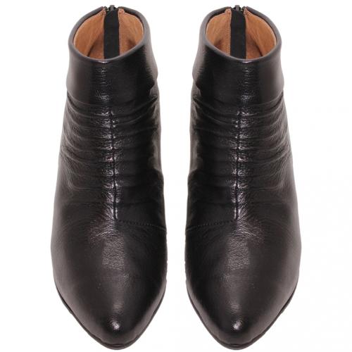 歐美風小牛皮抓皺細跟短靴