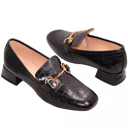 經典鱷魚紋小羊皮方頭樂福鞋
