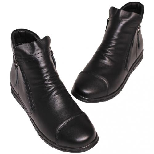休閒風抓皺小牛皮楔型短靴